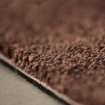 Silky Seal 1216 brownie detail