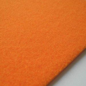 B 801 orange detail